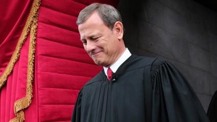chief-justice-john-roberts-.si
